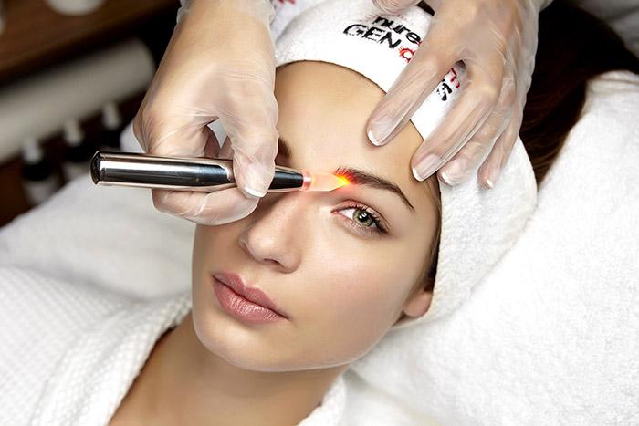 Тонкости процедуры удаления макияжа