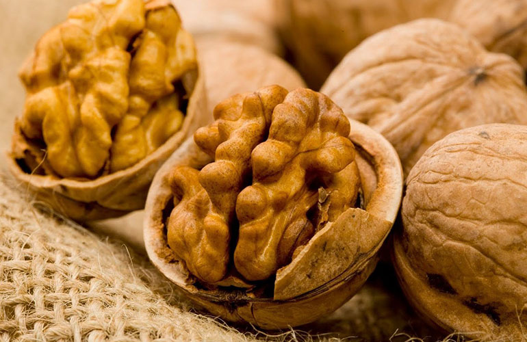 Состав и ценность грецких орехов