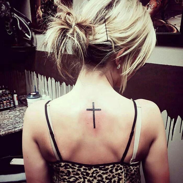 Крест для девушек