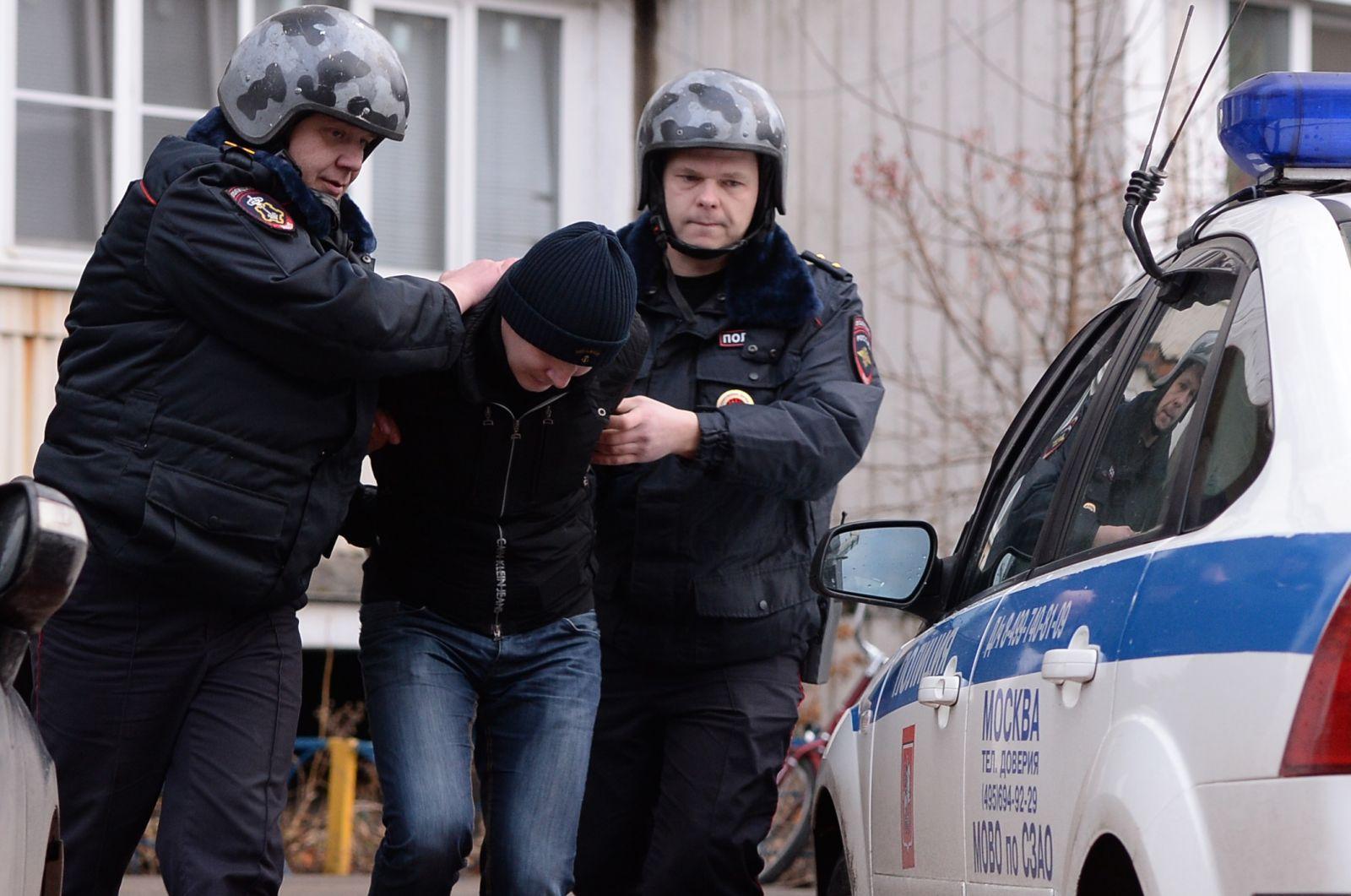 Признаки незаконного задержания и меры наказания сотрудников полиции