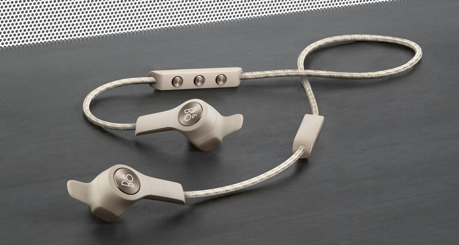 Bang & Olufsen Beoplay E6