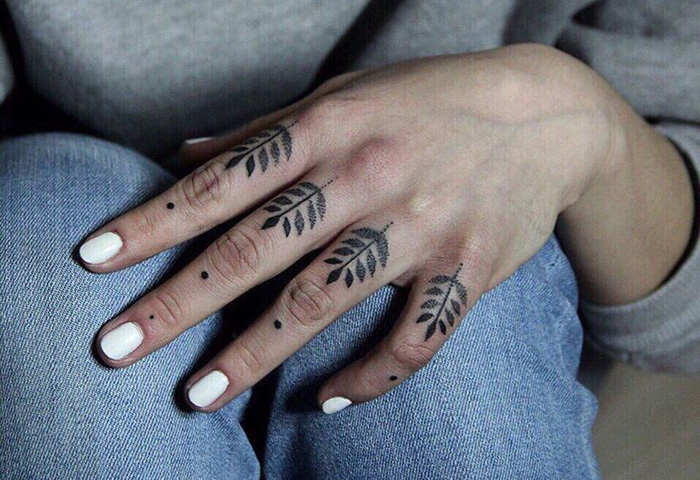 Особенности наколок на пальцах