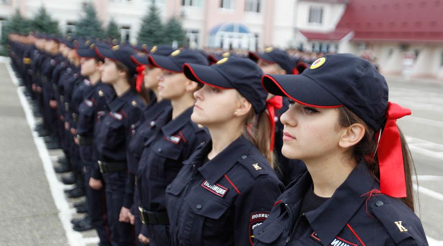 Девушка - полицейский