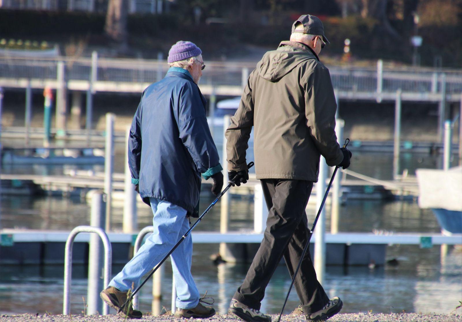 Скандинавская ходьба для пожилых длительность