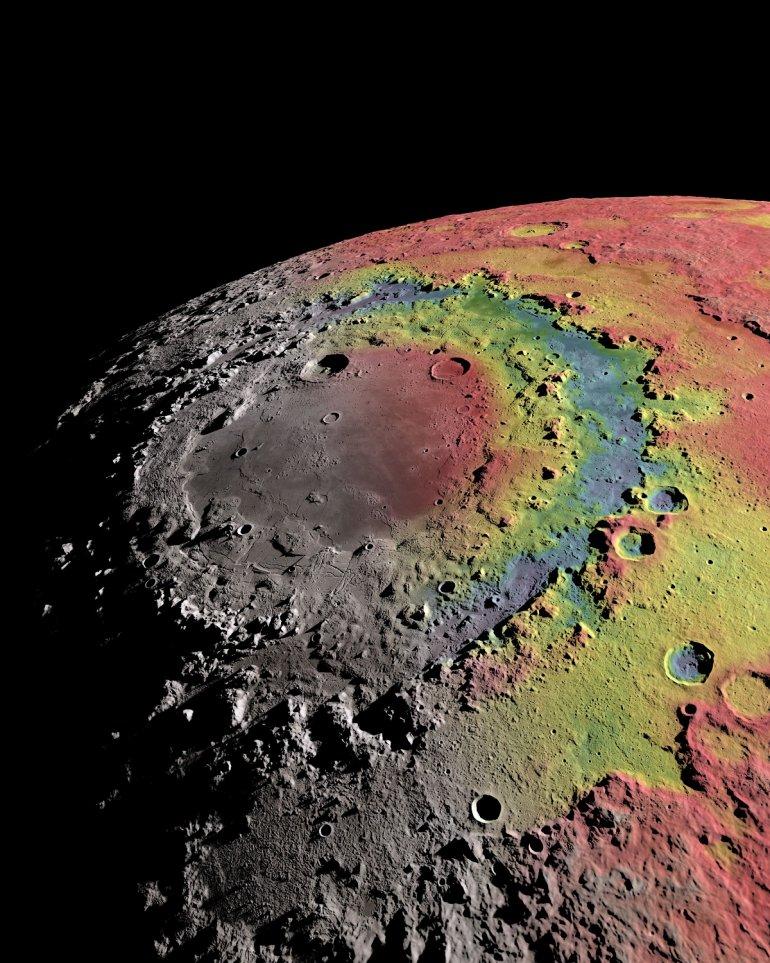 Изображение Восточного моря на Луне